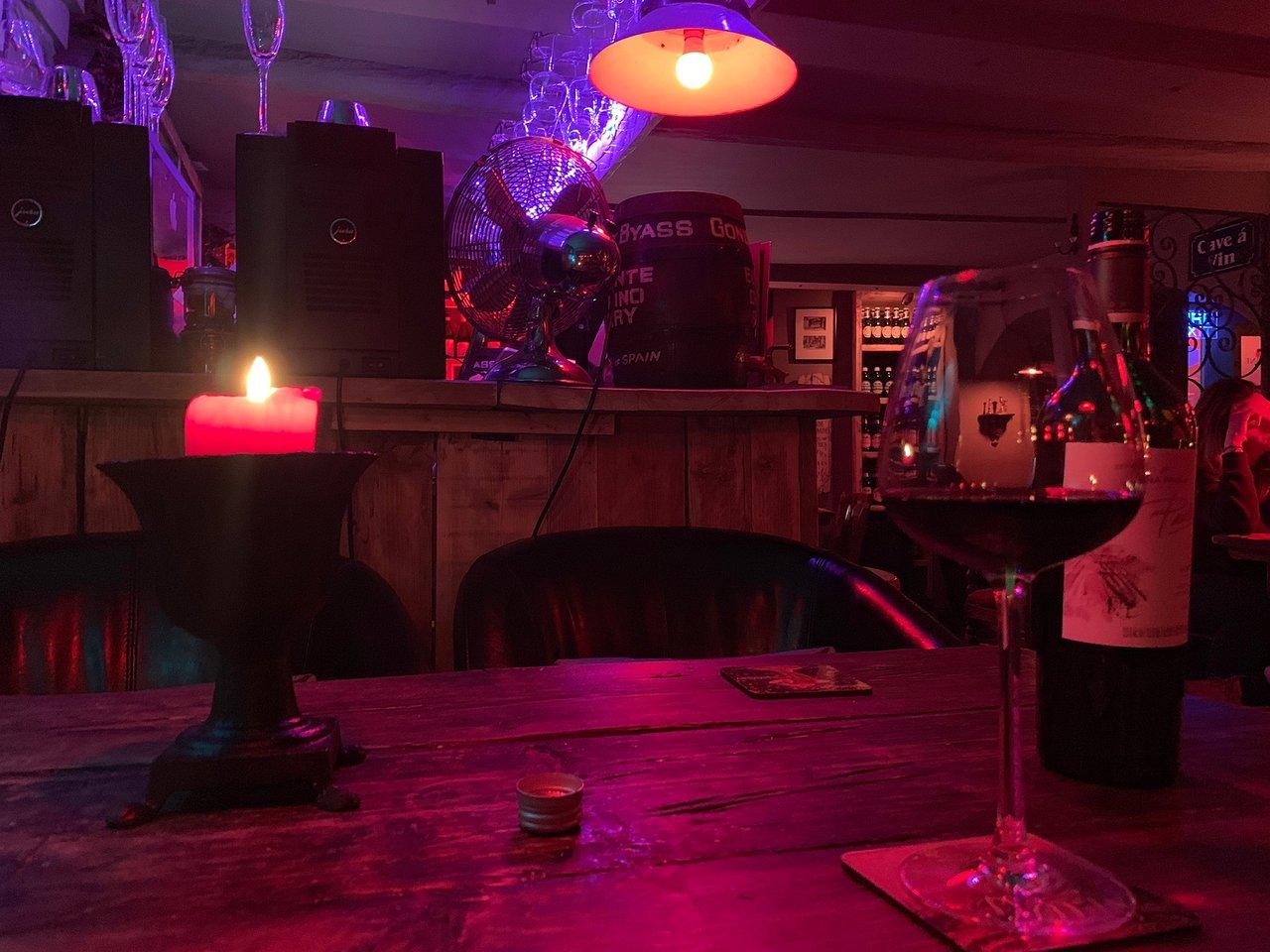 The Grapevine Rye Wine Bar 4